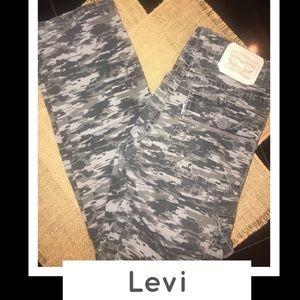 Levi 511 slim camo Jeans